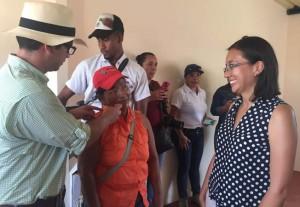 Vicepresidenta, Sandra Naranjo, en visita a vivienda en reasentamiendo El Matal.